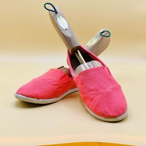 Peach Size 6 Faded Glory Shoes